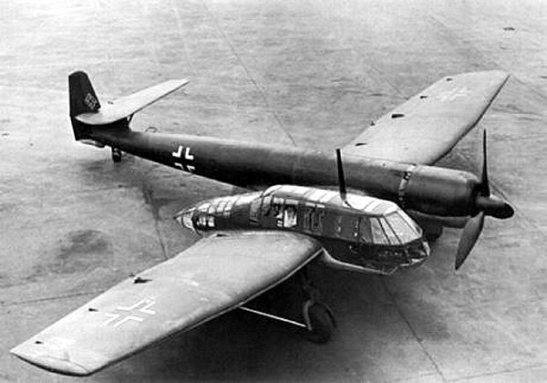 1938: Blohm and Voss BV 141